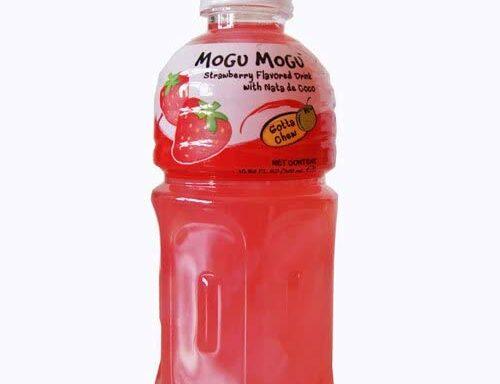 Mogu Mogu Strawberry Drink with Nata de Coco 320ml